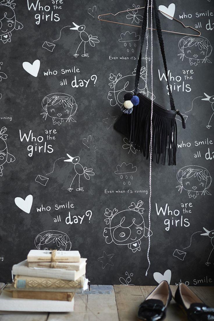 """Cozz """"Smile"""" Collection Wallpaper Chalkboard, Who are the girls,.. #Behang #Meisjeskamer #Krijtbord #Kinderkamer"""