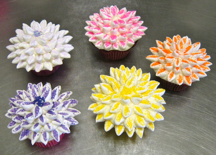 Cupcake flowers are in bloom year round cupcakes a go go cupcakes pinterest ideas - Flowers that bloom all year round ...