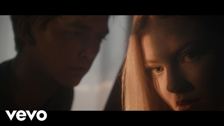 "@astridsofficial ""Hyde"" @NRJNorge @novasuomi  @LoopSuomi @svt @ExaFM @radio_inside"