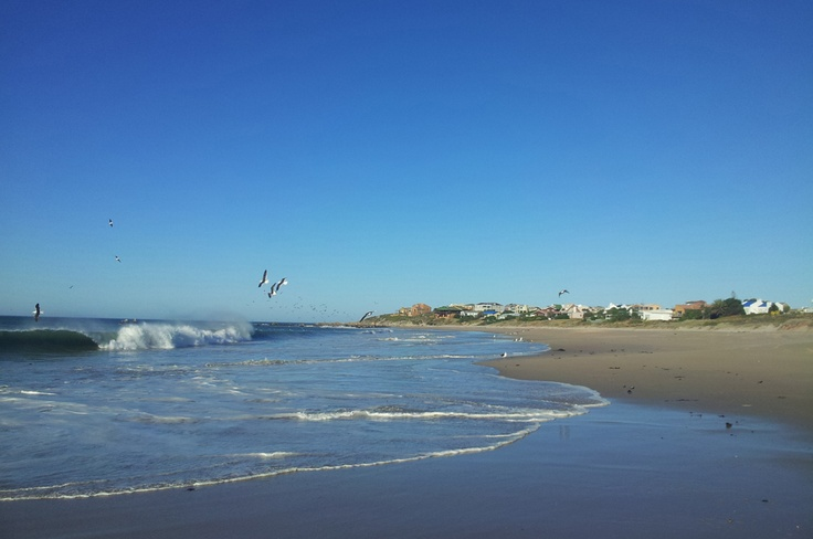 What a day for the beach - I'll race you into the surf ;)