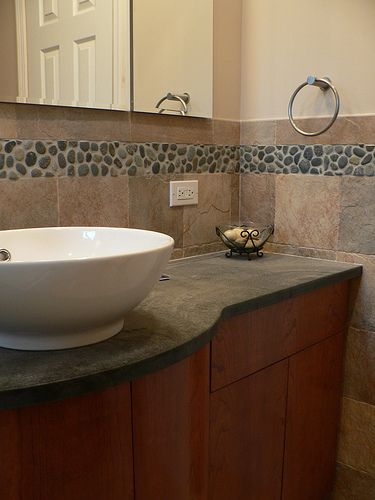 Best 25 River Rock Bathroom Ideas On Pinterest River