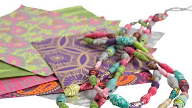 We show you how to make these simple but beautiful beads.