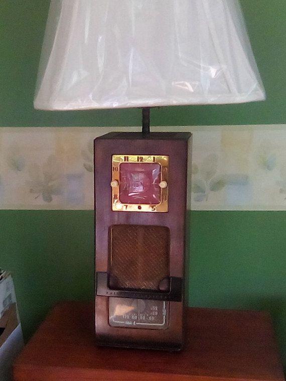 Philco Radio Clock Lamp Model 53 706 Year 1953 Antique Radio Philco Transitone Collectors Radio Antique Radio Lamp Radio Clock