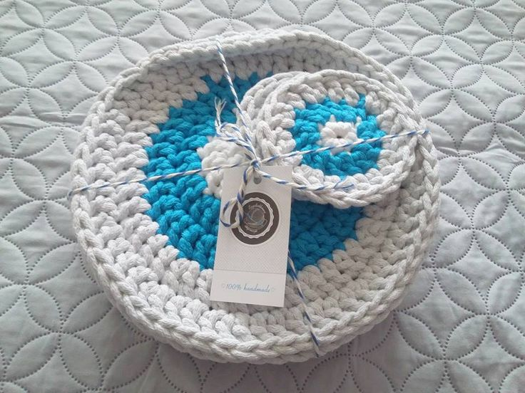 Are you remember my last placemats ? Already domesticate in a home in new owner - Mrs Magdalena :D By the way, I invite you to like her FP Motywacja i Organizacja and head to the blog!!!  #Placemates #Coasters #Szydelkowanie #Crochet #String #Cotton #Cottoncord #Diy #Handmade #Rekodzielo #Decor #Interior #Mojewnetrze #Mojdom #4 home #scandi #scandinavianstyle #nastol #onthetable #impressions