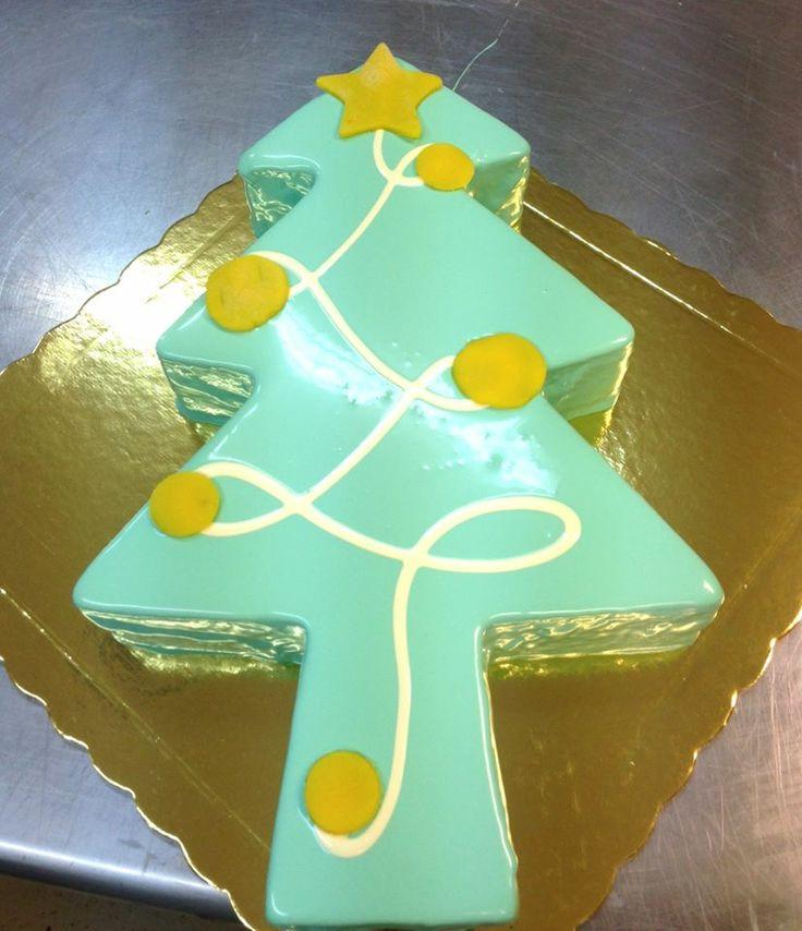 Xmas Tree cake... choose your flavour