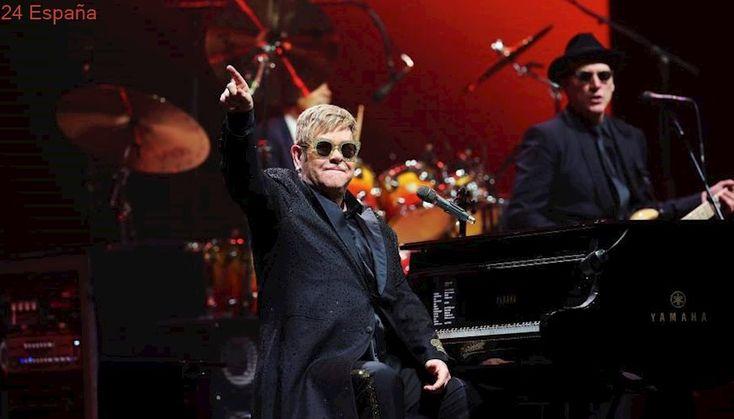 Elton John revive con su concierto de Barcelona sus dorados años 70