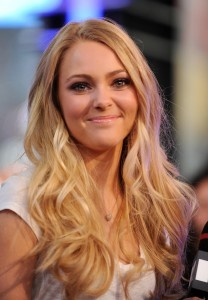 Perfect wavy hair! Anna Sophia Robb The Carrie Diaries Sex and the city