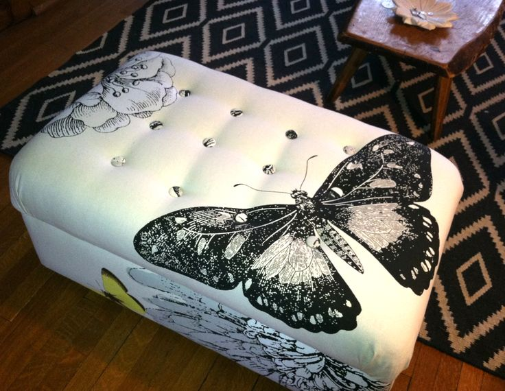 Re-do an ottoman by using a shower curtain tutorial