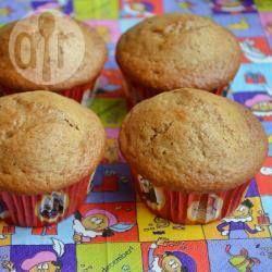 Speculaas cupcakes. Versier naar wens voor Sinterklaas! http://allrecipes.nl/recept/13494/speculaas-cupcakes.aspx
