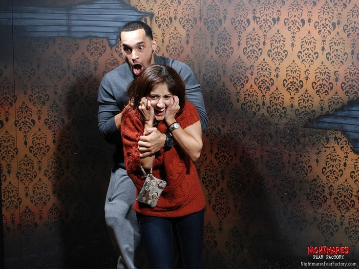 Best Haunted House Priceless Funny Reactions Images On - 22 side splitting haunted house reactions