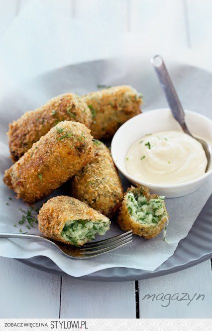 croquettes with cauliflower and garlic deep