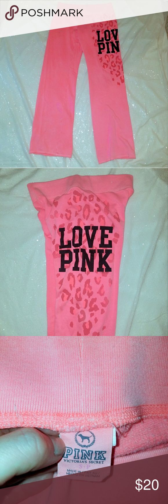 VS PINK  Yoga pant NWOT soft and comfy pink yoga pant PINK Victoria's Secret Pants