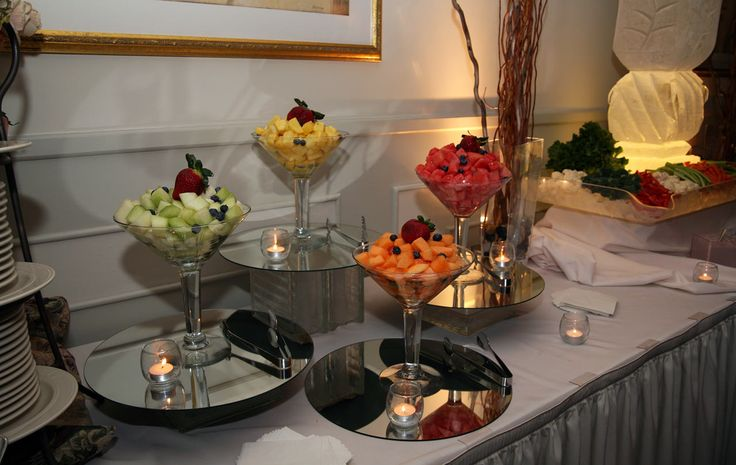 Elegant appetizers for weddings ice sculpture for Appetizer decoration