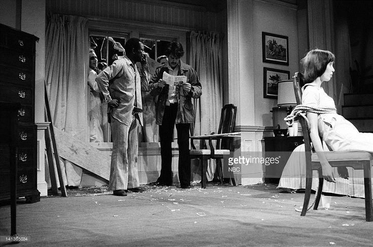 Garrett Morris as deprogrammer, Dan Aykroyd as deprogrammer, Shelley Duvall as Moonie during the 'Night Of The Moonies' skit on May 14, 1977 -- Photo by: NBCU Photo Bank
