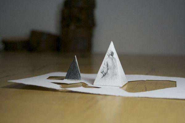 Dibujos en Pirámides by Pablo López, via Behance