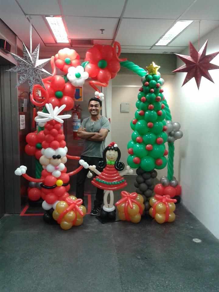 91 best christmas holiday balloondecor images on pinterest for Candy cane balloon sculpture