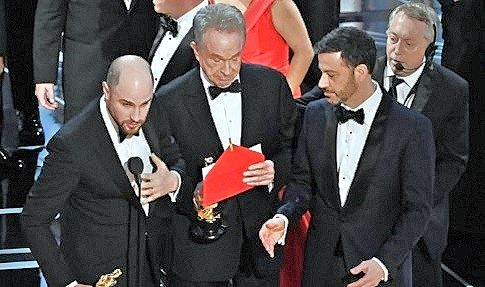 When Russians hack the Oscars … jaw-dropping chaos after wrong best picture award was given!