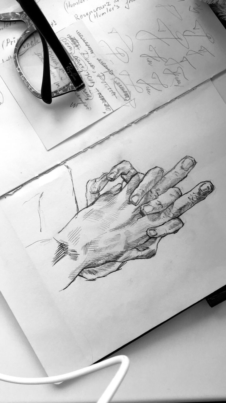 #pensil #sketch #sketchbook #hands✏️