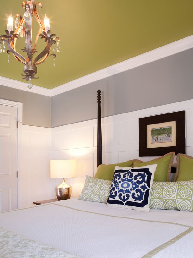 I oike that the wainscoting makes the room feel bright and airy but it  doesn't feel boring from the colored ceiling.