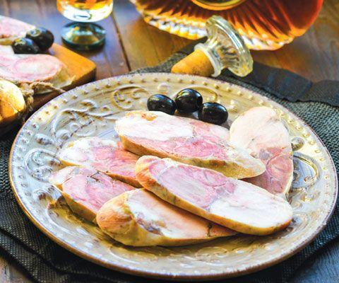Домашняя колбаса: 2 рецепта к Новому году и праздничному столу #новыйгод #еда #рецепт #колбаса #вкусно #закуски #мясо #праздничныйстол