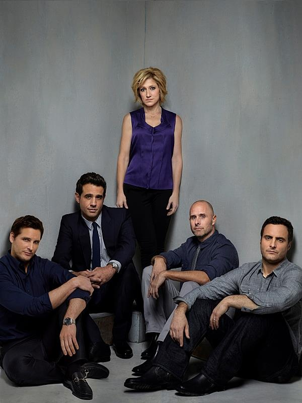 Nurse Jackie - Dr. Cooper (Peter Facinelli), Mike Cruz (Bobby Cannavale), Jackie (Edie Falco), Eddie (Paul Schulze), Kevin Peyton (Dominic Fumusa) Amazing cast including Eve Best, Merritt Wever, Stephen Wallem, and Anna Smith.....