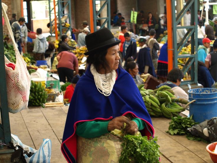 Guambiana selling her products in the market.
