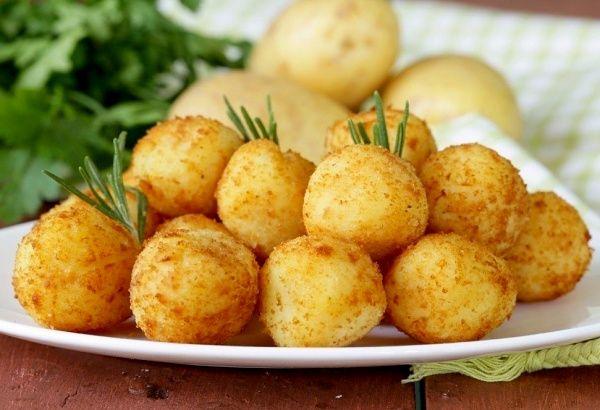 Картофельные пончики с сыром | Печем и варим