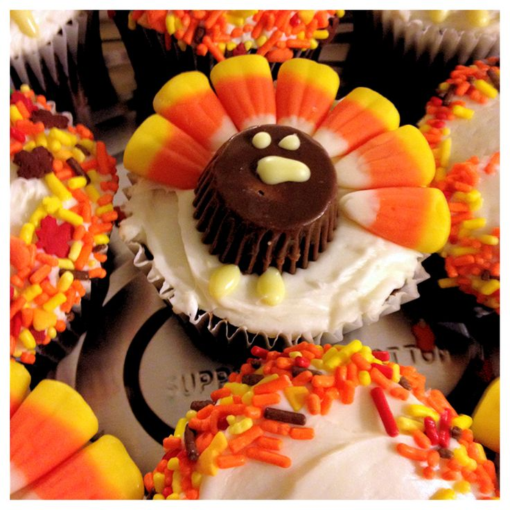 Thanksgiving Turkey Cupcakes - Fun to make with KIDS!!! You need: small peanut butter cups, candy corn, and a ziplock Baggie with yellow icing (with corner nipped). I'm not a big fan of the candy corn turkeys but I must admit this one is cute and kids love to bake and decorate! This is a perfect cupcake for kids to make! HAVE FUN!