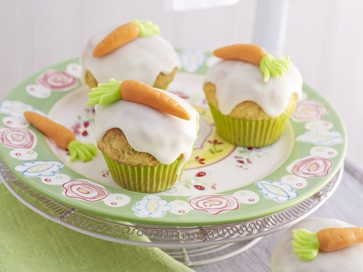 Möhren-Cupcakes - smarter - Kalorien: 259 Kcal - Zeit: 30 Min. | http://eatsmarter.de Passend zu Ostern