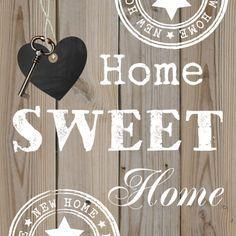 Een hippe verhuiskaart met houten achtergrond, stempels en zwart hartje. Design: Patricia van Hulsentop. Te vinden op: www.kaartje2go.nl
