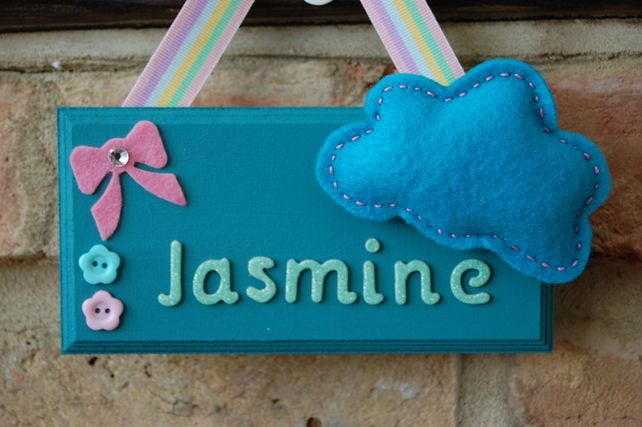 Handmade Personalised Felt Cloud Name Sign - choice of colours. Childrens Room £7.99