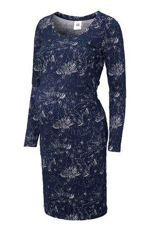 Priliehavé šaty pre budúce mamičky z mäkkého hrubšieho džerseja s peknou štruktúrou od značky mama.licious. Model so štýlovým výstrihom, dlhými rukávmi a dostatkom miesta pre rastúce bruško. Dĺžka od pliec cca 99 cm. 54% bavlna, 36% polyester, 8% viskóza, 2% elastan. Pranie pri 30 °C.