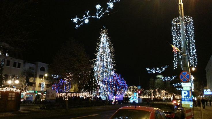 Főtér karácsonyi fényei