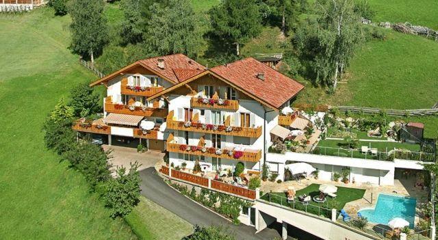 Pension Verdinserhöhe - 3 Sterne #BedandBreakfasts - CHF 71 - #Hotels #Italien #Schenna http://www.justigo.li/hotels/italy/schenna/pension-appartements-verdinserhaphe_160202.html