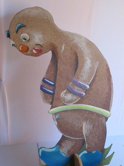 Gingerbread Man Cut out painted on plywood. 3 in the set, Comes with a stand. R65 to rent for 4 days.