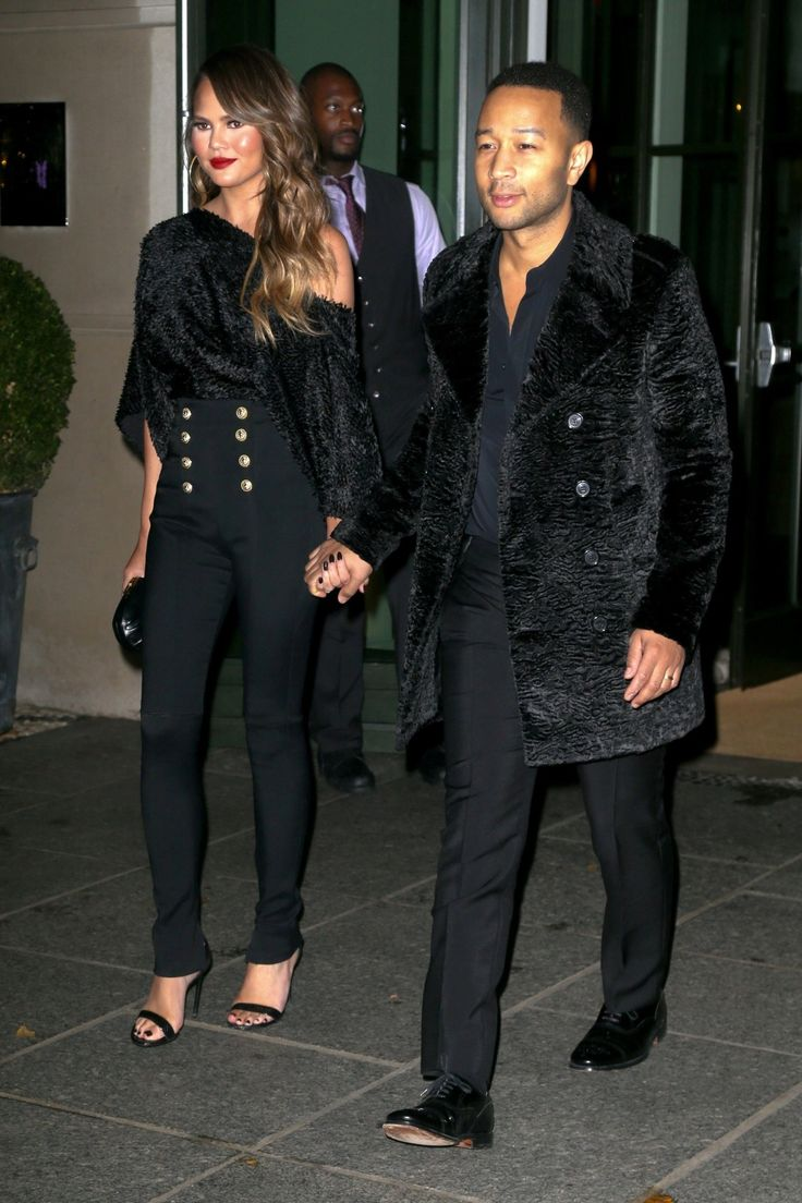 Chrissy Teigen and John Legend step out in a surprisingly chic coordinated look.  Okay!  I couldn't resist Chrissy's pants ❤️