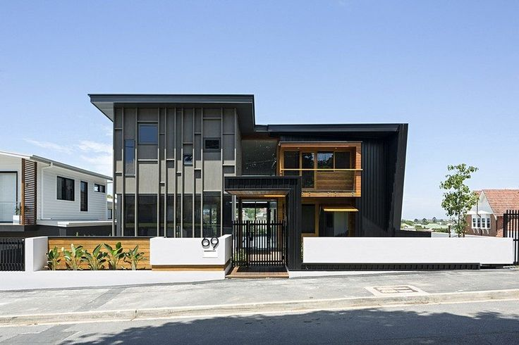 Christian House Has a Large Facade that Allows Generous Shapes and Volumes