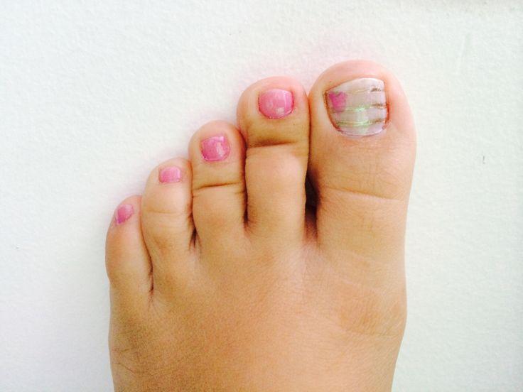 Los pies también tienen diseño... #uñas #pies   Uñas pies diseño ...