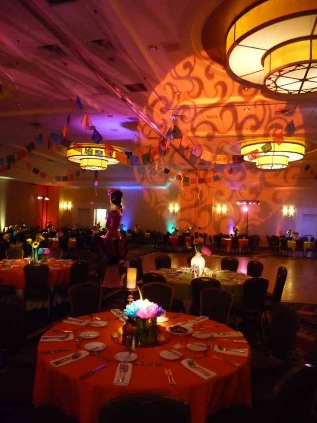 17 Best Images About Gala Centerpiece Ideas City Year On