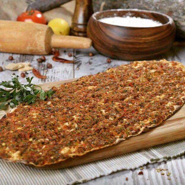 Antep Usulü Lahmacun - Miske Restaurant & Antep Mutfağı / Denizli Telefon : 0 258 211 89 99 Fiyat : 4,5 TL