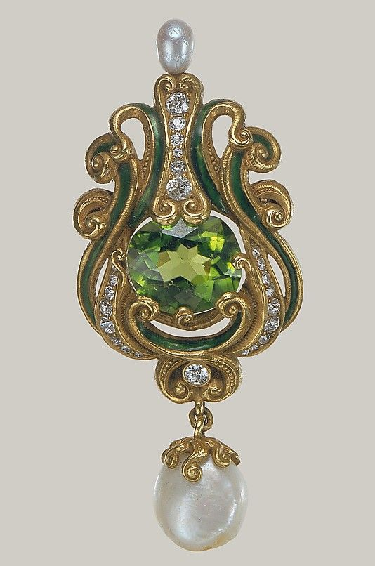 Brooch Made Of Gold, Peridot, Diamonds, Pearls And Enamel, Made By Marcus And Co. (New York  1892-1962) - American   c.1900