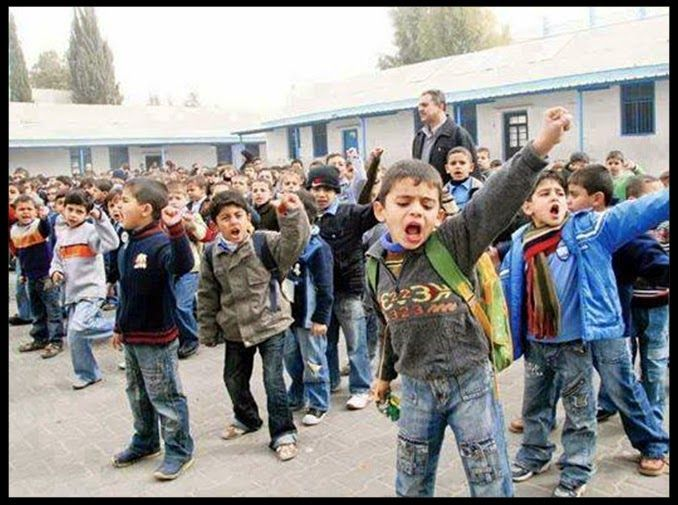 Setiap anak kecil Palestina di Gaza jika ditanya mengenai keinginan mereka saat dewasa kelak, mereka bercita-cita ingin menjadi bagian dari Brigade Izzuddin Al Qassam dan syahid di jalan Allah.