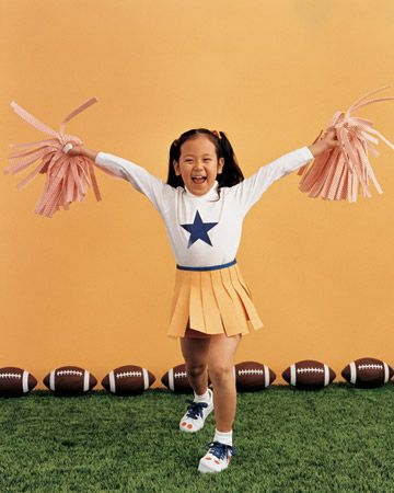 Cheerleader. No-sew felt skirt, decorated T-shirt, no-sew felt pompoms