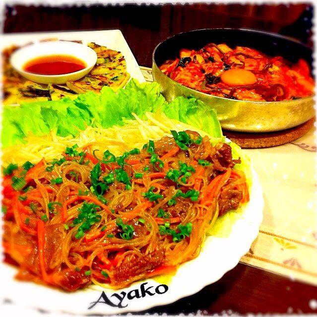 野菜たっぷりサラダだけど、お肉も入ってるので満足感も♡ご飯の上に乗せてプルコギ丼にしても、美味しいです - 156件のもぐもぐ - 野菜たっぷりプルコギ風サラダ、フライパンで石焼きビビンバ、チヂミ by ayako1015