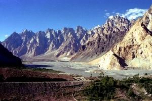 Sulla Karakorum Highway: avventure fino a 4600 metri dalla Pakistan alla Cina!