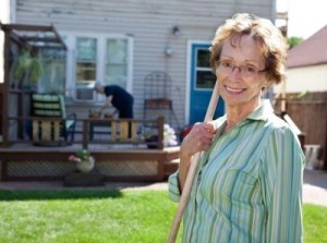 Tips for Finding a Home for Your Elderly Parents  (10-15-12)
