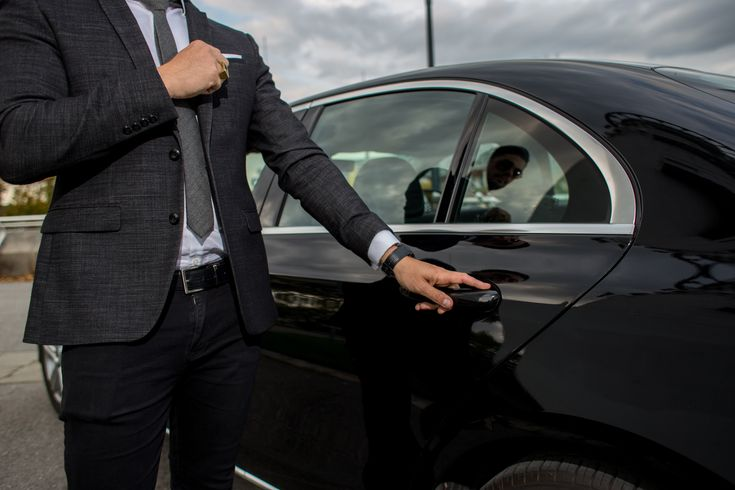 How Much Does It Cost to Rent a Limo?: Looking to hire a ...