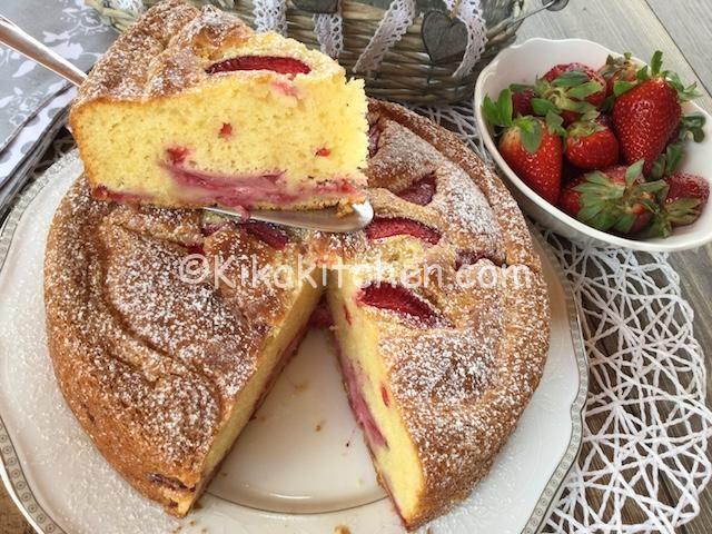 torta soffice mascarpone e fragole