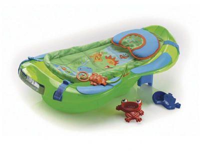 Top bathtub: Fisher-Price Rainforest Bath Center #babycenterawards #momschoice