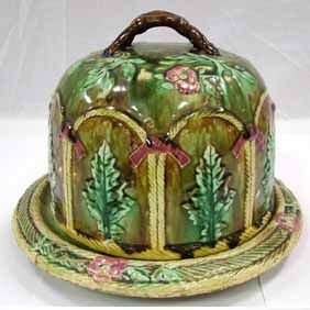 Cheese Bell.. Beautiful: Antiques Majolica, Hands Painting, Belle Dome, Belle Beautiful Colors, Cheese Dome, Cheese Keeper, Majolica Barbotin, Cheese Belle Beautiful, Beautiful Majolica